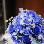 異質素材を使う時は如何に花と融合させるかを考える