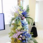 3段で作る特別なスタンド花